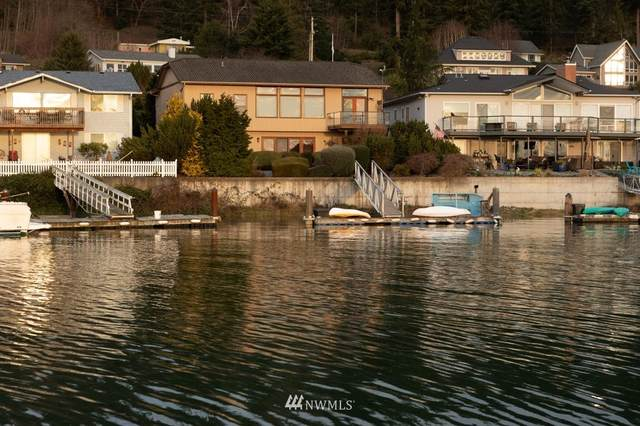 2236 Cove Drive, Oak Harbor, WA 98277 (#1746628) :: Ben Kinney Real Estate Team