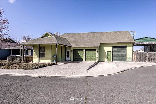 231 NW Ruby Ln, College Place, WA 99324 (#1746809) :: TRI STAR Team | RE/MAX NW