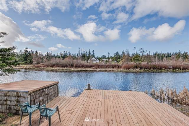 1821 Lake Drive, Camano Island, WA 98282 (#1746826) :: Costello Team