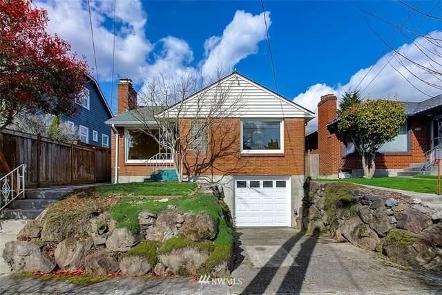 806 NE 84th Street, Seattle, WA 98115 (#1747087) :: Ben Kinney Real Estate Team