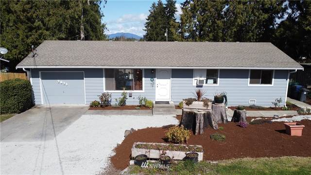 2021 E Highland Avenue, Mount Vernon, WA 98273 (#1747427) :: Ben Kinney Real Estate Team