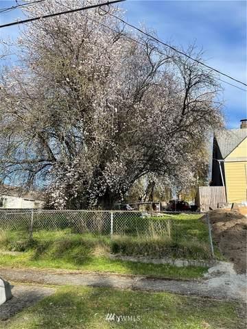 4823 S Sheridan Avenue, Tacoma, WA 98408 (#1747607) :: Ben Kinney Real Estate Team