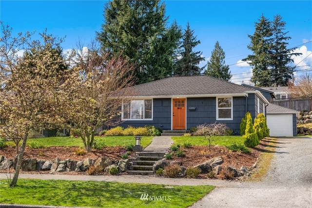 3813 50th Avenue SW, Seattle, WA 98116 (MLS #1747976) :: Brantley Christianson Real Estate