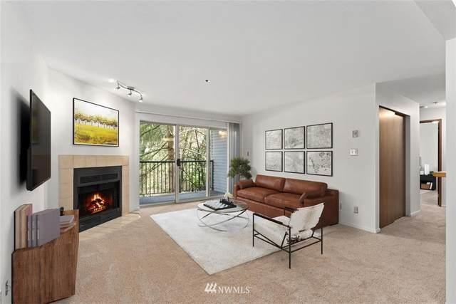 1522 NE 175th Street #303, Shoreline, WA 98155 (#1748216) :: Ben Kinney Real Estate Team