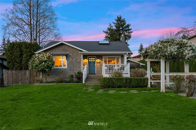 724 16th Avenue W, Kirkland, WA 98033 (#1748384) :: Shook Home Group