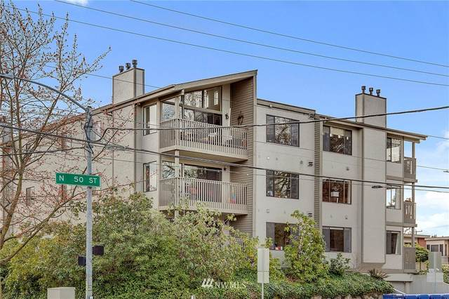 4911 Fremont Avenue N #302, Seattle, WA 98103 (#1748715) :: Shook Home Group