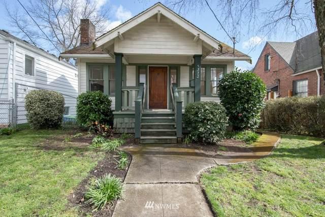 5222 35th Avenue NE, Seattle, WA 98105 (#1748723) :: Costello Team