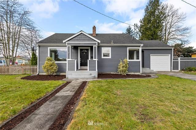 112 S 17th Street, Lynden, WA 98264 (#1748768) :: Ben Kinney Real Estate Team