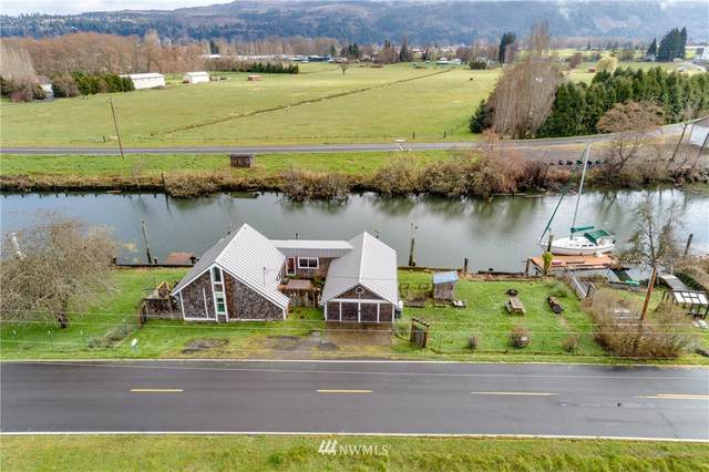 42 S Welcome Slough Road, Cathlamet, WA 98612 (#1749226) :: Shook Home Group