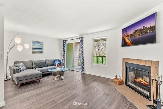 19857 25th Avenue NE #203, Shoreline, WA 98155 (#1749433) :: Alchemy Real Estate