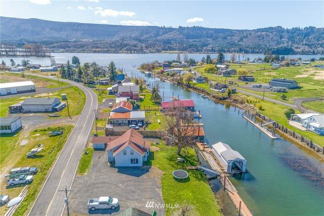 236 S Welcome Slough Road, Cathlamet, WA 98612 (#1749484) :: Ben Kinney Real Estate Team