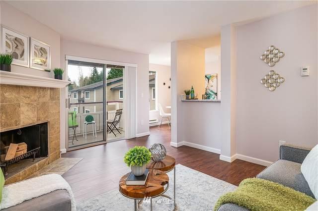 17526 149th Avenue SE J 7, Renton, WA 98058 (#1749518) :: Shook Home Group