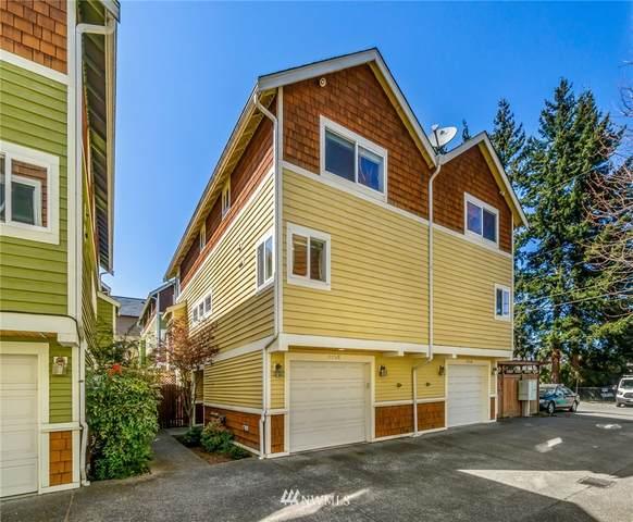 815 NW 97th Street B, Seattle, WA 98117 (#1749740) :: Urban Seattle Broker