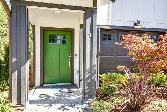 2011 101st Avenue SE #4, Lake Stevens, WA 98258 (#1750008) :: Ben Kinney Real Estate Team