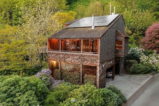 3237 Perkins Lane W, Seattle, WA 98199 (#1750112) :: Alchemy Real Estate