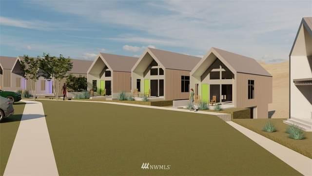 1428 Cottage Lane, Chelan, WA 98816 (#1750275) :: Shook Home Group