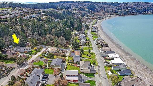 166 Skagit Avenue, Camano Island, WA 98282 (#1750497) :: NW Home Experts