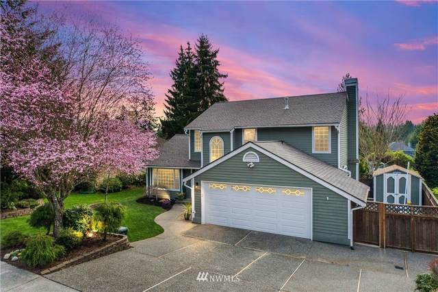 25273 Lake Wilderness Country Club Drive SE, Maple Valley, WA 98038 (MLS #1750605) :: Brantley Christianson Real Estate