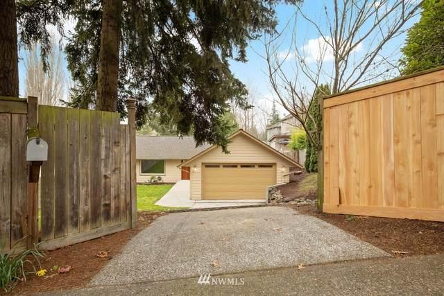 10516 35th Avenue NE, Seattle, WA 98125 (#1750782) :: Ben Kinney Real Estate Team