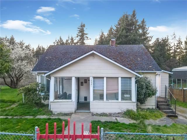 1492 Woods Road SE, Port Orchard, WA 98366 (#1751096) :: Ben Kinney Real Estate Team