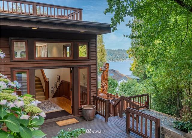 11757 Lakeside Avenue NE, Seattle, WA 98125 (#1751239) :: Icon Real Estate Group