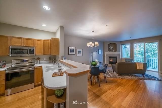 12712 Admiralty Way E203, Everett, WA 98204 (#1751438) :: Ben Kinney Real Estate Team