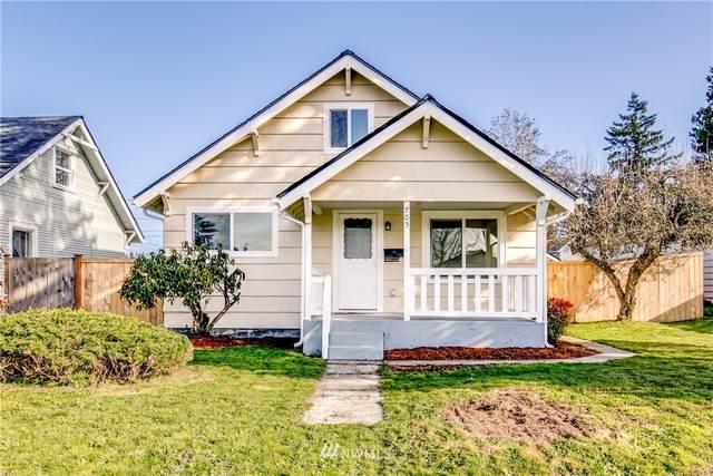 705 E 54th Street, Tacoma, WA 98404 (#1751739) :: Costello Team