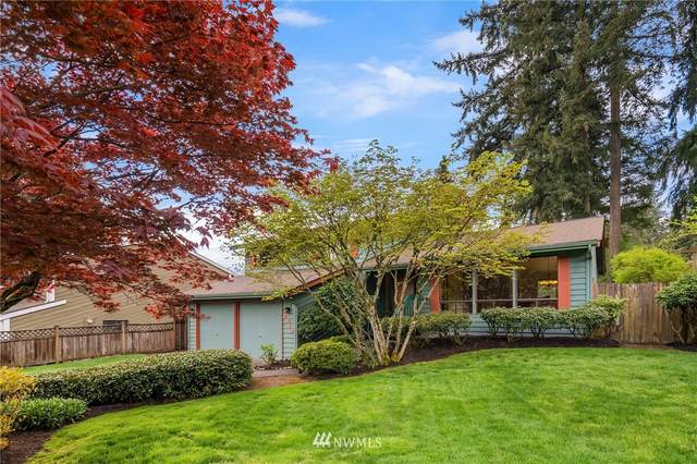 2919 NE 193rd Street, Lake Forest Park, WA 98155 (MLS #1751782) :: Community Real Estate Group