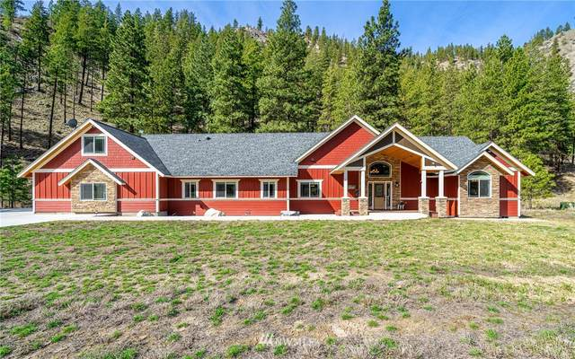 4530 Navarre Coulee Road, Chelan, WA 98816 (#1751789) :: Ben Kinney Real Estate Team