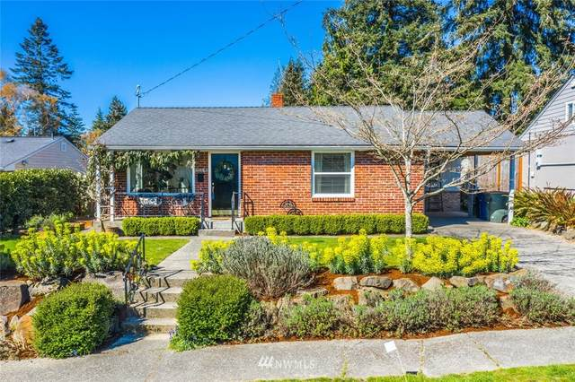 10853 37th Avenue SW, Seattle, WA 98146 (#1752079) :: Shook Home Group
