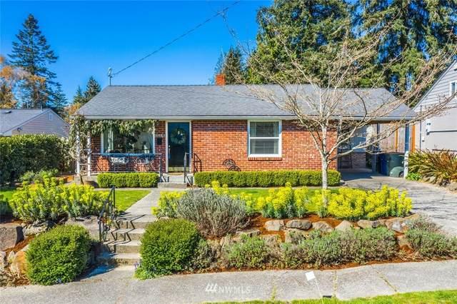 10853 37th Avenue SW, Seattle, WA 98146 (#1752079) :: Costello Team