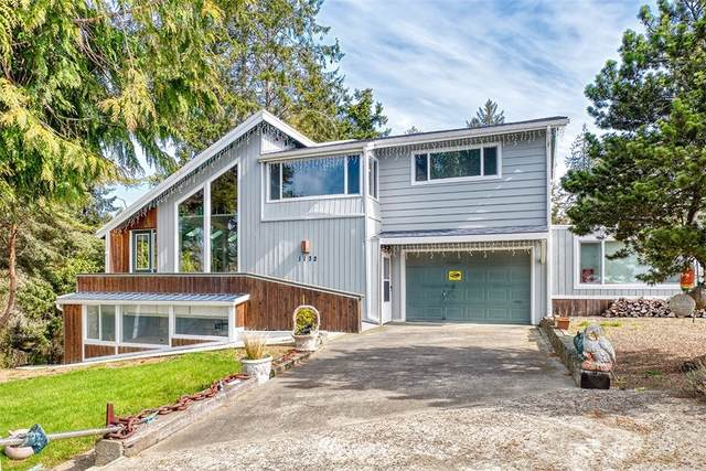 1132 Cooks Road NE, Ilwaco, WA 98624 (#1752424) :: Shook Home Group