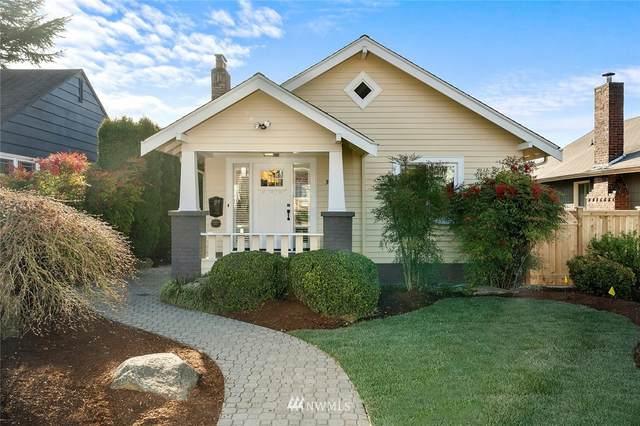 3033 44th Avenue SW, Seattle, WA 98116 (#1752543) :: M4 Real Estate Group