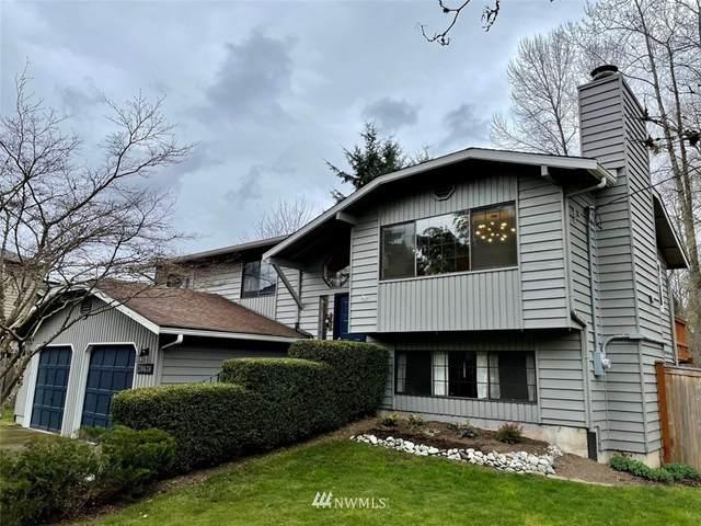 20426 66th Avenue NE, Kenmore, WA 98028 (#1752571) :: NW Home Experts