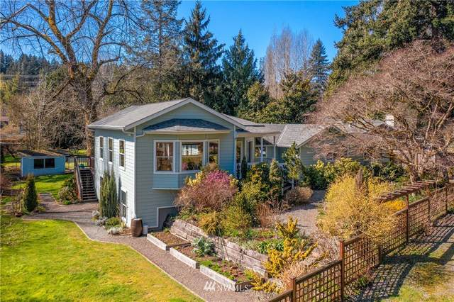 19221 Lago Place NE, Lake Forest Park, WA 98155 (#1752662) :: The Snow Group