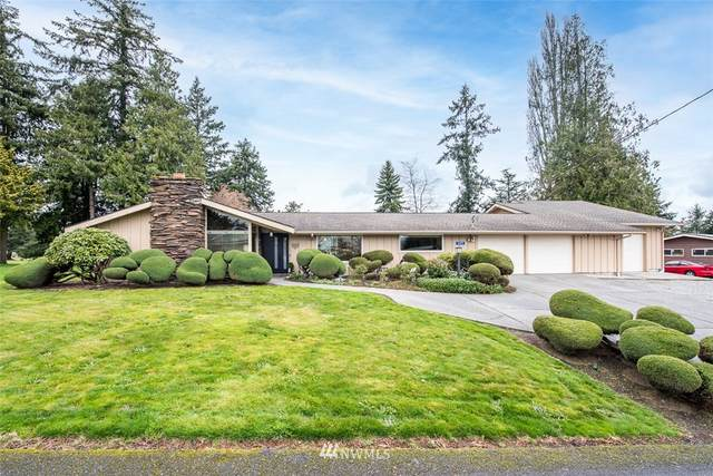 16591 Country Club Drive, Burlington, WA 98233 (#1752792) :: Ben Kinney Real Estate Team