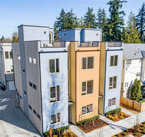 2728 NE 115th Street, Seattle, WA 98125 (#1752835) :: The Snow Group