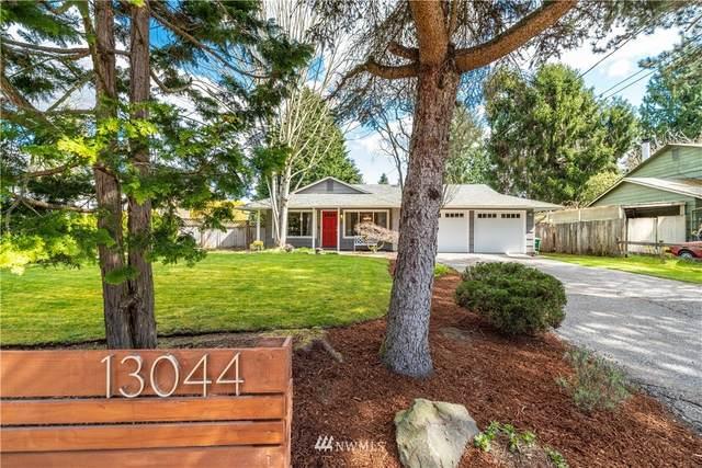 13044 110th Avenue NE, Kirkland, WA 98034 (#1752898) :: NextHome South Sound