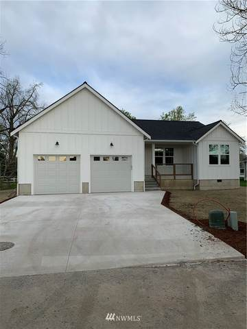 551 Second Street, Sumas, WA 98295 (#1753044) :: Icon Real Estate Group