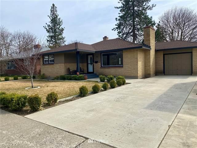 111 W Queen Avenue, Spokane, WA 99205 (MLS #1753178) :: Brantley Christianson Real Estate