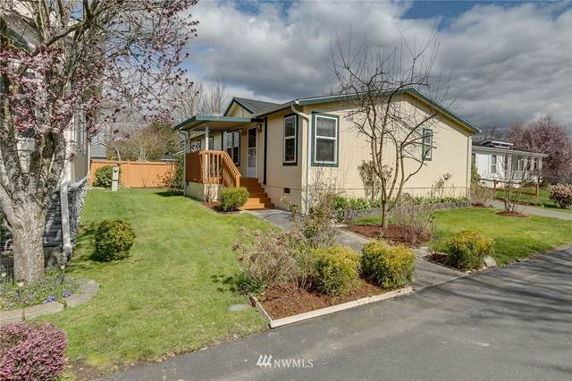 5711 100th Street NE #106, Marysville, WA 98270 (#1753564) :: Shook Home Group