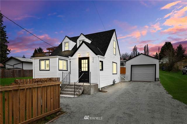 1416 S 124th Street, Seattle, WA 98168 (#1753816) :: Ben Kinney Real Estate Team