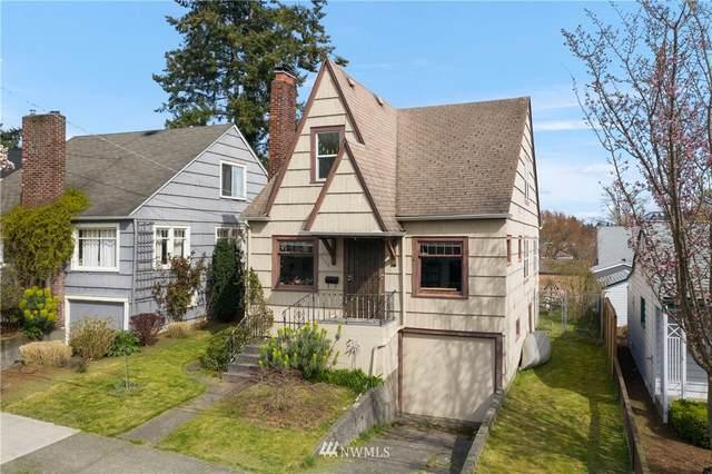 5032 35th Avenue NE, Seattle, WA 98105 (#1753928) :: Costello Team