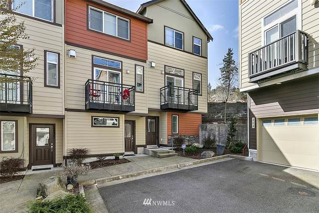 2247 NW Moraine Place, Issaquah, WA 98027 (#1754028) :: Costello Team