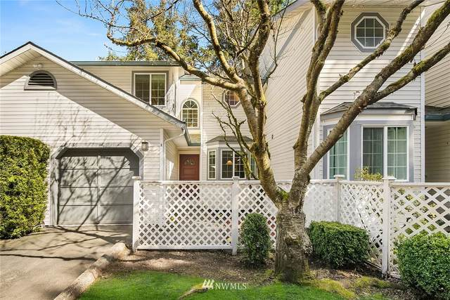 2801 NE 195 Street #8, Lake Forest Park, WA 98155 (#1754118) :: The Snow Group