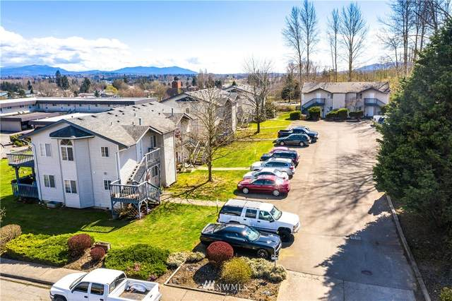 2325 Ferndale Terrace, Ferndale, WA 98248 (#1754223) :: Ben Kinney Real Estate Team
