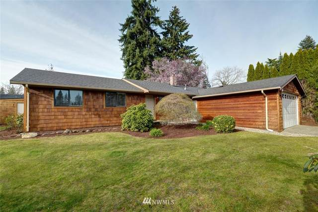 8216 143rd Place, Kirkland, WA 98034 (#1754338) :: Costello Team