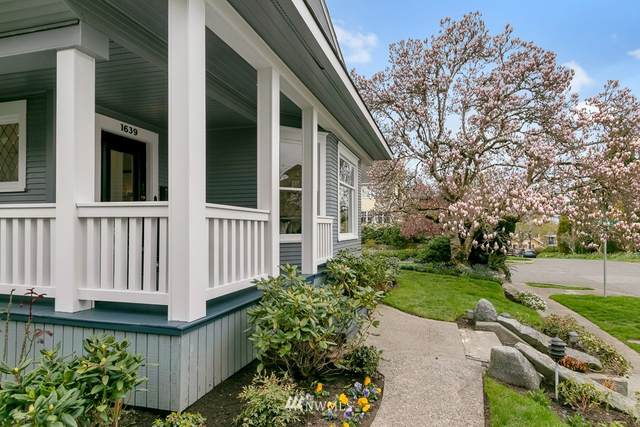 1639 35th Avenue, Seattle, WA 98122 (#1754351) :: TRI STAR Team | RE/MAX NW