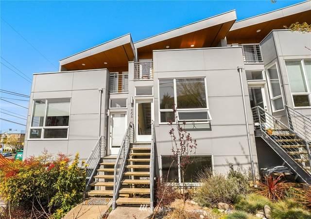 4208 SW Holly Street, Seattle, WA 98136 (#1754361) :: Northwest Home Team Realty, LLC