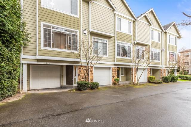 7218 NE 182nd St, Kenmore, WA 98028 (#1754606) :: Urban Seattle Broker